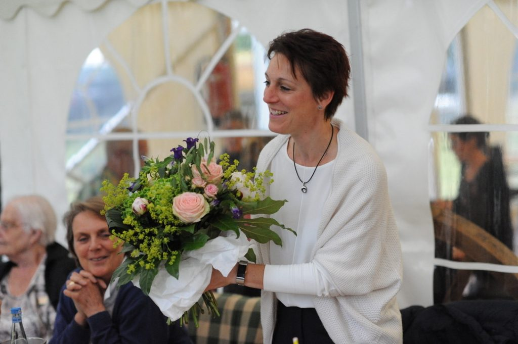Frau Steffanie Keller: Glückwünsche an die künftige Präsidentengattin