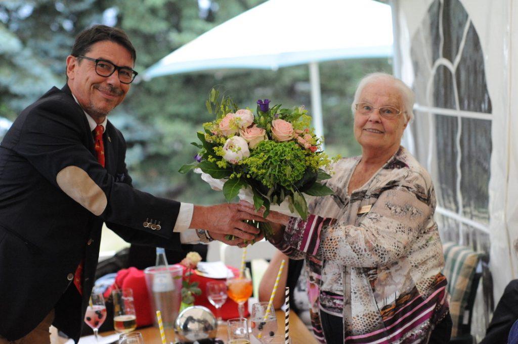Karsten H. F. Weste, Regina Kümmel: Ehrung für 20 Jahre Mitglied im Lions Club Wedemark